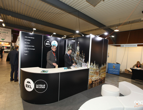 Stand Gial